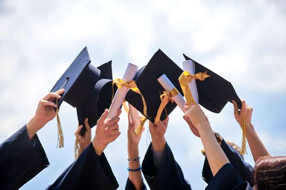 graduation-min